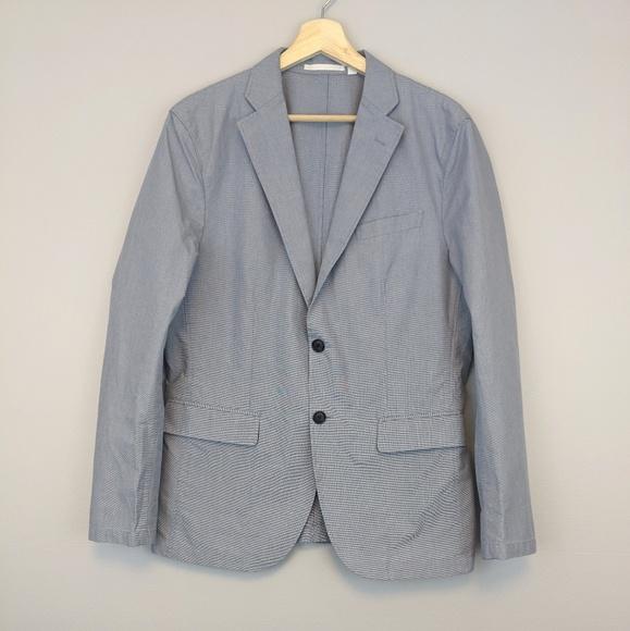 Uniqlo Other - Uniqlo blazer